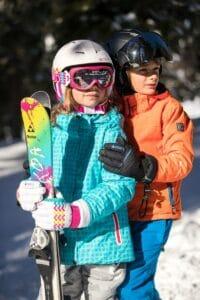 casque de ski enfant 200x300 - Casques de ski pour enfant