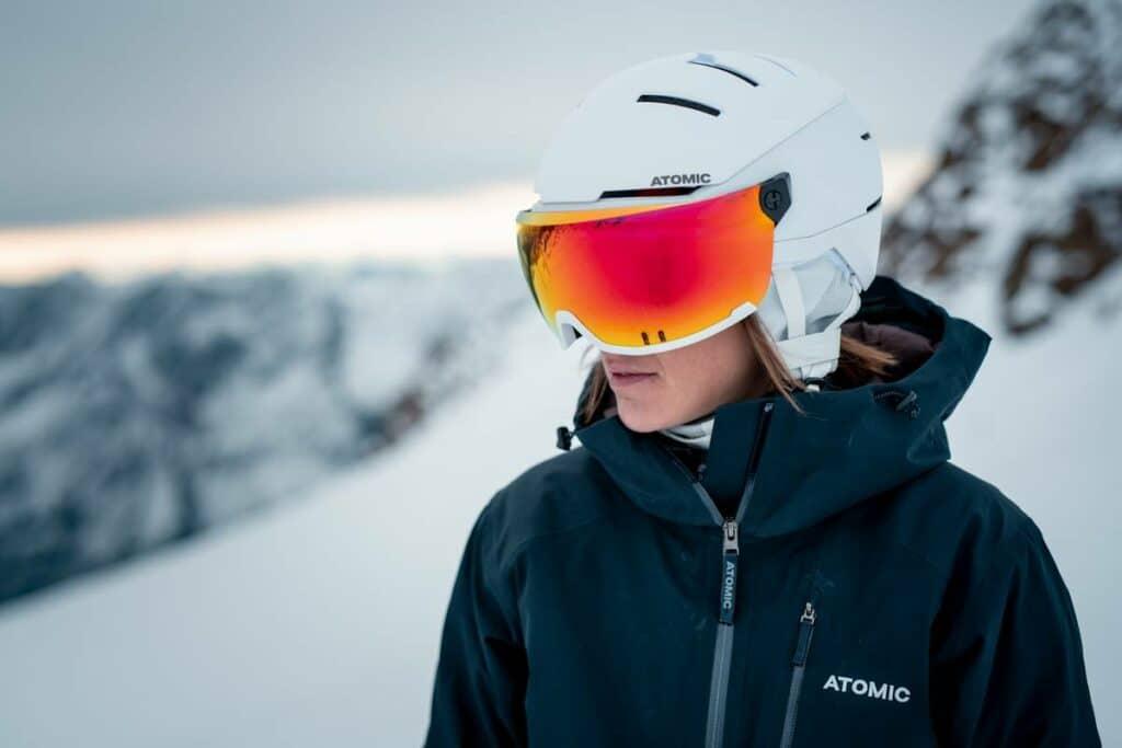casque de ski avec visière femme